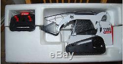 1/16 Bobcat R/C Radio Control T190 Skid Steer Loader Boxed NICE