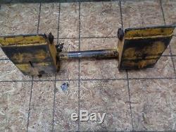 1998 Gehl 4625 DX Skid Steer Loader Body Quick Attach Plate Adapter Mount