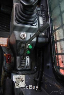 2011 Takeuchi Tl230 Cab Skid Steer Track Loader, 71 Hp, 2-speed, Ac/heat, Radio
