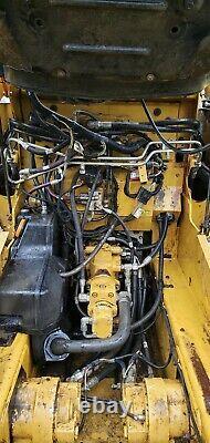 2014 Caterpillar 246D High Flow Power Quick Attach New Tires skid steer loader