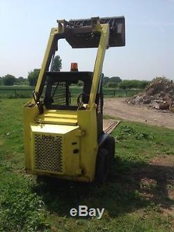 BOBCAT 641skid steer loader forklift and barrell pincher MUST SEE