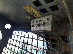 Bobcat 313 skid steer loader narrow access