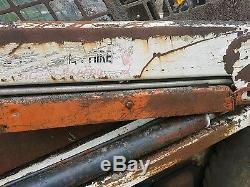 Bobcat 463 skid steer loader digger dismantling! Loader safety stay