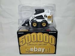 Bobcat 500K 773 Gold Skid Steer Loader Wan Ho Diecast 125 Scale Model Toy NIB