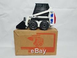 Bobcat 741 Clark Skid Steer Loader Tonka 1548 118 Scale Model NIB