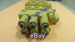 CAT 449-1584 VALVE GP-CON Skid Steer Loader 236DLRC, 242D, 236D, 242DLRC 259D 257D