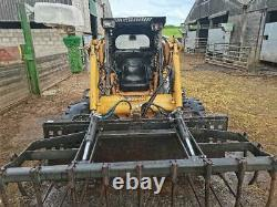 Case 1845 Skid Steer Loader With Bucket, Brush And Grab