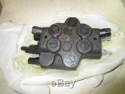 Case 1845C Control Valve 108220A1 NOS 1845 Skid Steer Loader New Holland
