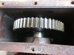 Gehl 2500 Skid Steer Loader Drive Gear Box Gears Case Gearbox