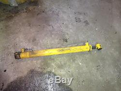 Gehl 5640 Skid Steer Loader LH Hydraulic Lift Cylinder Deutz Skidsteer