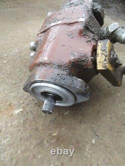 Hydra-mac 8C skidsteer front hydrostatic pump