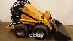 New Champ Unilift Mini Skid Loader Steer Tires Mini Skidsteer Paint Damage