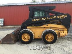 1999 New Holland Lx885 Chargeuse À Direction À Glissement Avec Cabine Seulement 2400 Heures Un Propriétaire