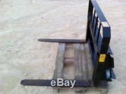 Accessoire Whites Fork Lift, Pour Bobcat Ou Autre Chargeuse Compacte