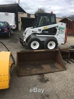 Bobcat Chargeuse Compacte Sur Pneus 753