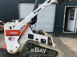 Bobcat Mt85 2017 Sur Chargeuse Compacte Sur Chenilles Compacte Seulement 400 Heures