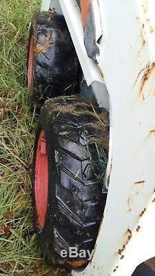 Bobcat Skid Steer Chargeur Étroit 453 (s70) Seau (jcb Compact 463 Thomas Grab)