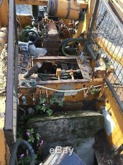 Case 1529 Chargeuse Compacte Bobcat Tracteur Gehl
