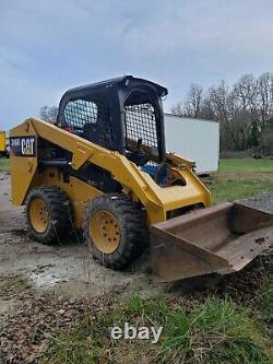 Caterpillar 246d High Flow Power Quick Attach New Tires Dérapage Steer Loader