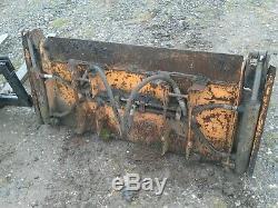Chargeur Surbaissé Case 1825b Bobcat
