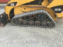 Chargeuse Compacte À Chenilles Caterpillar 257b3 2012 Avec Nouvelles Chenilles