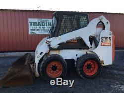 Chargeuse Compacte Bobcat S185 2004 Avec Cabine Seulement 1700 Heures