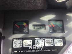 Chargeuse Compacte Sur Chenilles Bobcat T190 2007