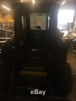 Chargeuse Compacte Sur Pneus New Holland Ls218 2012, Comme Bobcat