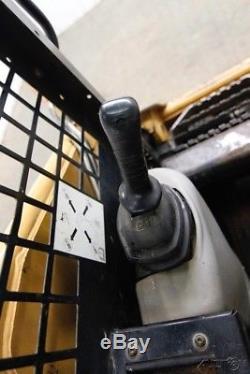 Chargeuse Sur Pneus À Montage Compact 2005, 226b3, 61 Hp, Connexion Rapide Manuelle