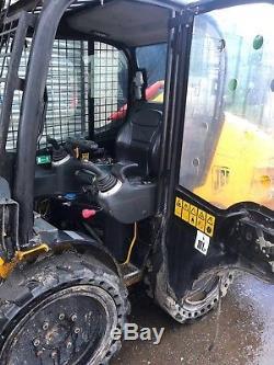 Jcb Skidsteer Skid Steer Bobcat Chargeur Seau Digger Benne 160 360 Tracteur Regard