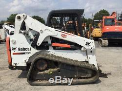 La Chargeuse Compacte Sur Chenilles Compacte Bobcat T650 2014 Besoin De Travail