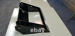 New Holland Chargeuse Compacte L250, L255, Ls120, Ls125 Tête Pivot, Brace Nouveau