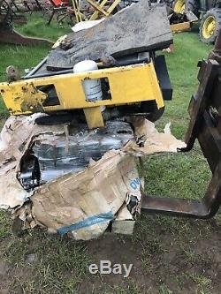 New Holland Ls160 Chargeuse Compacte Chargeuse Télescopique Bobcat